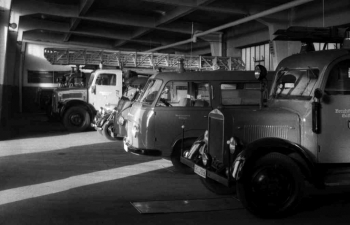 19601115 BF Fahrzeughalle