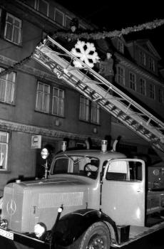 19701127 Weihnachtsbeleuchtung 9