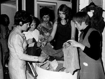 19710522 DM Meister 05 hot pants_