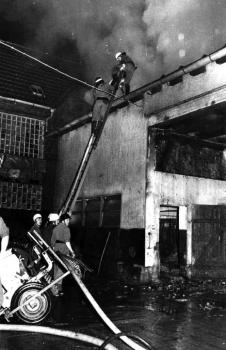19711119 Feuer Gross-Schneen 1