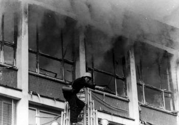 19720509 Feuer Gewerbeschule 3