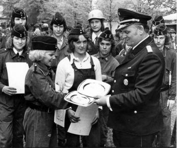19730523 FF-Ehrung Jugend Feuerwehr