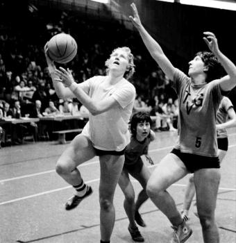 19730609 Göttingen 05 Cupgewinner Basketball 2