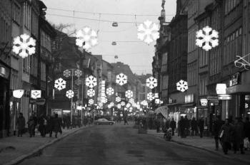 19731201 Weihnachtsbeleuchtung Weenderstr.