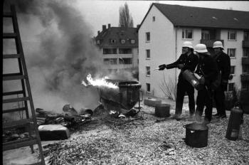 19740123 Feuer Teerkocher
