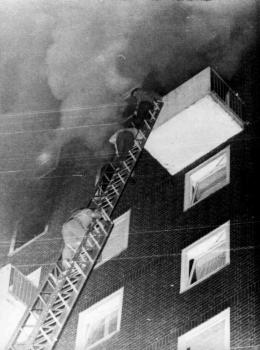19740509 Hochhausbrand 2