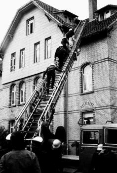 19740823 Rettung Schornsteinfeger 1