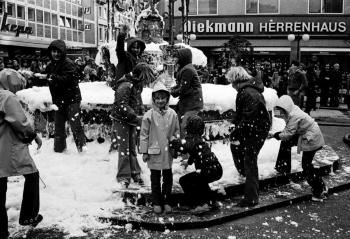 19741016 BF Feuerwehrschau 13