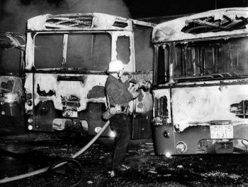 19741120 Feuer Brandanschlag Busse