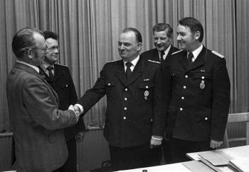 19750100 FF Neuer Stadtbrandmeister 2