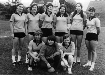 19750600 Handballerinnen Göttingen 05