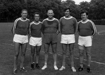 19750911 Faustball Ordnungshüter