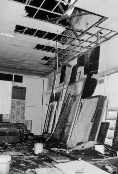 19760404 Feuer Deutsches Theater 3