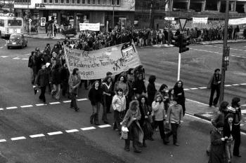 19800207 Demo gegen Klinikum 1