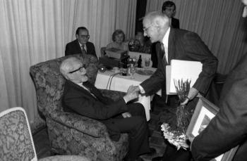 19811011 Prof. Seedorf, Levi