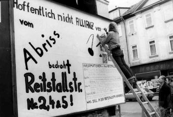 19811031 Plakat Wohnungssuche Reitstall