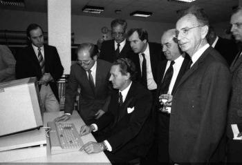 19821015 Uni. Bibliothek, Cassens