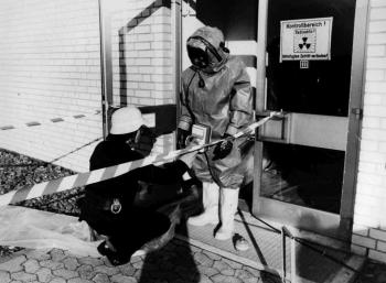 19821023 BF Strahlenschutz Isotopenlabor