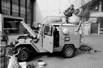 19830310 Dr. Ebert, Holzvergaser im Jeap