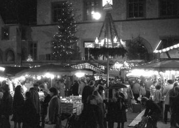 19831130 Weihnachtsmarkt 1