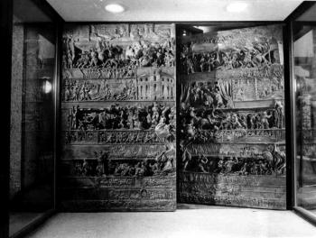 19831202 Rathaus Portal
