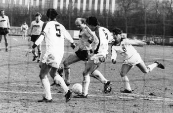 19840311 Göttingen 05 - St. Pauli 1-1. Sandhowe