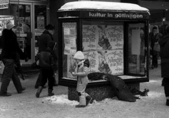 19850118 Randale Scheiben kaputt