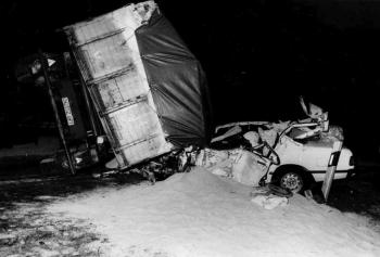 19850315 Unfall BAB PKW LKW 1