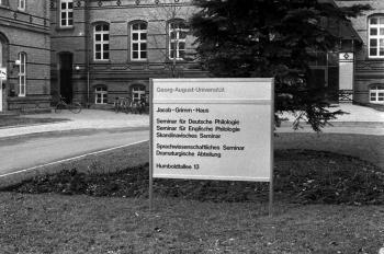 19850406 alte Chirurgische Klinik