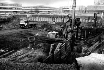19860415 Uni Neubau Bibliothek 2
