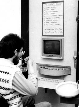 19870224 Eßlabor, Leiter Norbert Maus