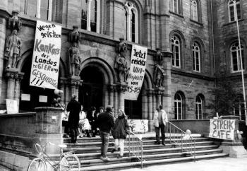 19870511 Uni Streik Auditorium