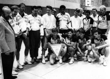 19890810 Handball Göttingen 05 Ehrung