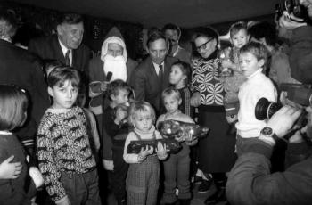 19891219 Friedland,Weihnachten, Jürgens, Schäuble
