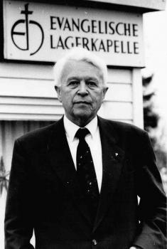19900103 Friedland Lagerpfarrer Ernst Achilles 80 Jahre