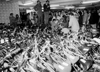 19910420 Versteigerung Fahrräder Stadt