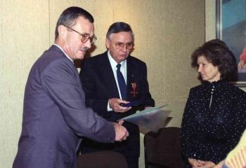 19911014 Bundesverdienstkreuz Bley