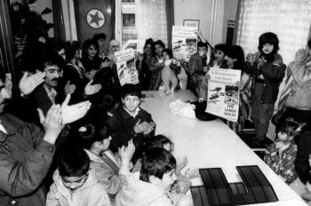 19920401 Kurden besetzen SPD Büro