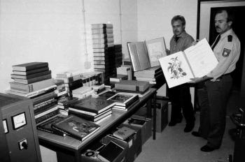 19930408 Uni, 593 Bücher gestohlen