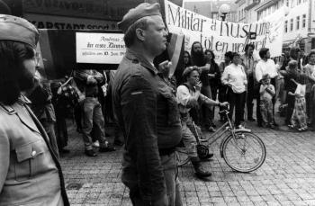 19930509 Demo gegen Krieg in Bosnien 2