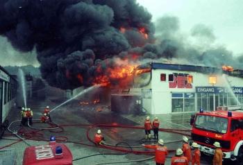 19930519 Feuer Einkaufszentrum Bovenden 1