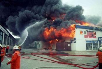 19930519 Feuer Einkaufszentrum Bovenden 2