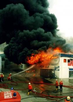 19930519 Feuer Einkaufszentrum Bovenden 3