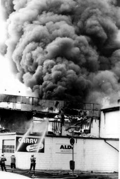19930519 Feuer Einkaufszentrum Bovenden 8