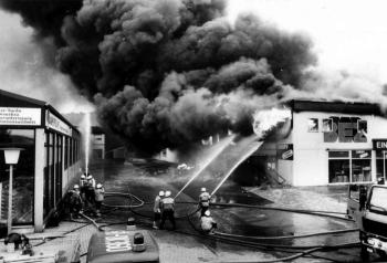 19930519 Feuer EinkaufszzentrumBovenden
