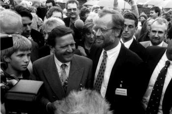 19930810 SPD Gleichen Schröder, Scharping 1