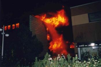 19931010 Feuer Farben Bank 1