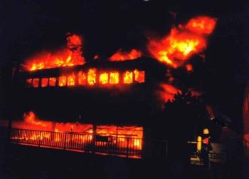 19931010 Feuer Farben Bank