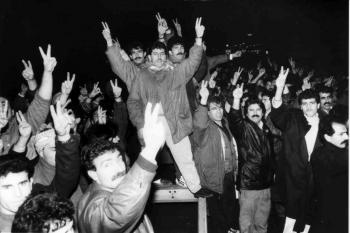 19931218 Kurden auf BAB 1