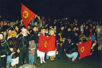 19931218 Kurden auf BAB 5